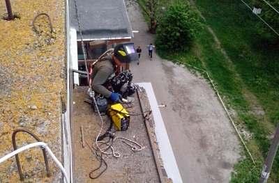 Ремонт балконных козырьков в Черкассах